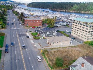This is a great drone shot down Stewart Ave at the base of Brechin HIll with Nanaimo marinas as the backdrop