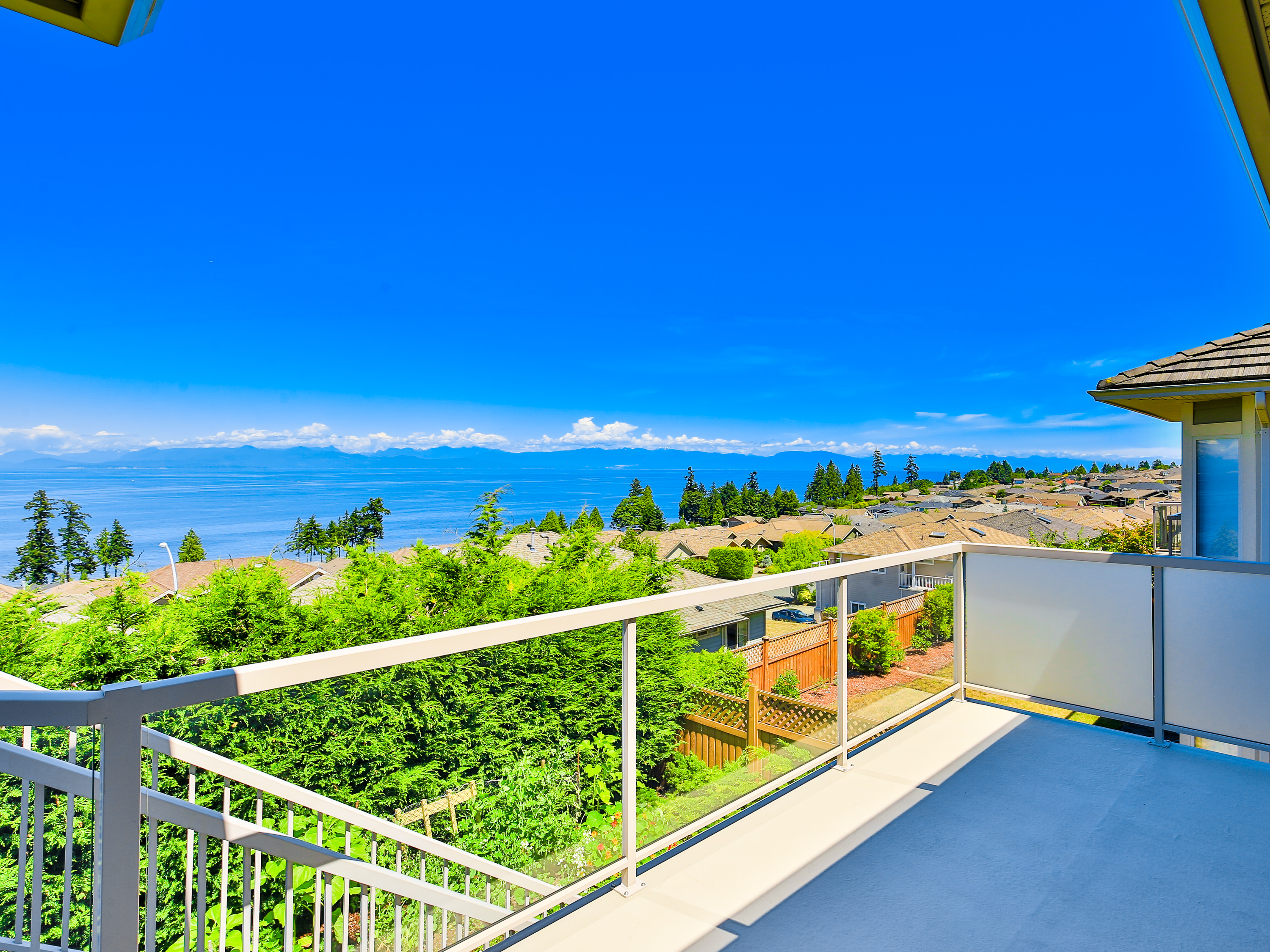 ocean views nanaimo homes