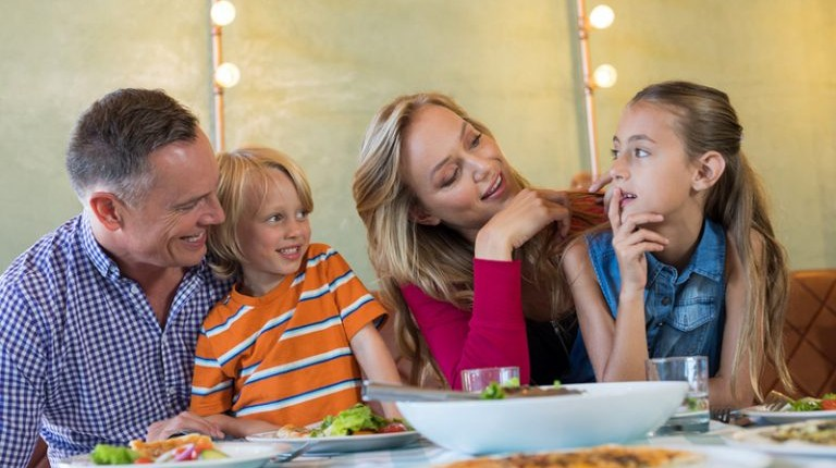 Top 5 Family Friendly Restaurants To Enjoy